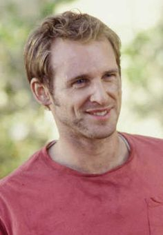 Josh Lucas. Of all the celeb crushes I have, I think I'd want to end up marrying him. I'd settle for a lookalike ;)