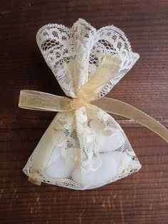Set Of 50 Lace Favor Bags Satin Ribbons Personalized Tags Light Peach Wedding Baptism Bridal Shower Guest Gift Favors And
