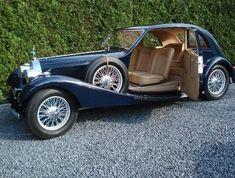 Classic Cars Vintage Automobiles53