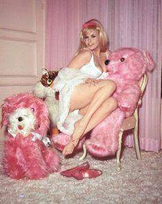 Queen of kitsch, Jayne Mansfield