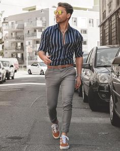 33 men's style trends you should undoubtedly try 17 ⋆ talkinggames net is part of Mens fashion - 33 men's style trends you should undoubtedly try 17 Outfit Jeans, Shirt Outfit, Fashion Mode, Mens Fashion, Fashion Trends, Style Fashion, Mode Geek, Mode Man, Elegantes Outfit