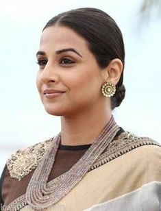 Vidya Balan Photos - Actress Vidya Balan attends the Jury Photocall during the Annual Cannes Film Festival at the Palais des Festivals on May 2013 in Cannes, France. - Jury Photo Call at the Cannes Film Festival — Part 7 Bollywood Girls, Bollywood Celebrities, Bollywood Fashion, Vidya Balan Hot, Indian Star, Ethnic Looks, Palais Des Festivals, Cannes Film Festival, Designer Earrings