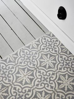 Moroccan tiles in grayscale by ApartmentStudios