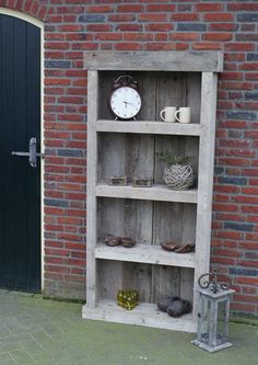 Grote foto kast tuinkast boekenkast steigerhout dadodesign tuinen parken tuinmeubelen Wood Creations, Garden Table, Pallet Furniture, Pallet Projects, Decoration, Outdoor Living, Diy Home Decor, Bookcase, Home And Garden