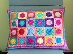 Big rectangular pillow with mini squares crochet application
