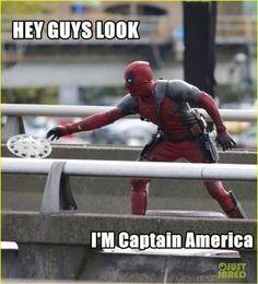 That's captain deadpool. No just deadpool Marvel Vs, Marvel Memes, Marvel Dc Comics, Deadpool Funny, Deadpool And Spiderman, Deadpool Stuff, Deadpool Movie, Deadpool Costume, Deadpool Art