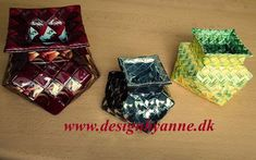 Ottekantede vaser Candy Wrappers, Upcycle, Gift Wrapping, Gifts, Craft Ideas, Paper, Upcycling, Candy Cards, Gift Wrapping Paper