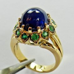 9.00ct Styling Blue Sapphire & Emerald Ring 18k Yellow Gold