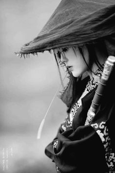 Super Ideas Tattoo Girl Black And White Samurai Girl, Samurai Warrior, Ninja Warrior, Japanese Tattoo Art, Japanese Art, Female Samurai Tattoo, Katana Girl, Geisha Tattoos, Arte Ninja
