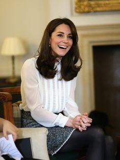 El día en el que la Duquesa de Cambridge se metió en la piel de doña Letizia y se convirtió en periodista