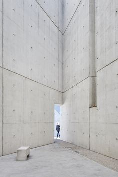 Studio Libeskind has finished work on the National Holocaust Monument in Ottawa, Canada. The monument, located near the Canadian War Museum, . Concrete Architecture, Chinese Architecture, Modern Architecture House, Futuristic Architecture, Architecture Details, Modern Houses, Daniel Libeskind, Exposed Concrete, Arquitetura