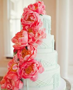 30 Brilliantly Designed Wedding Cakes: http://www.modwedding.com/2014/10/17/30-brilliantly-designed-wedding-cakes/ #wedding #weddings #wedding_cake Photography: The Nichols Photography