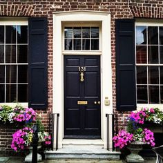Black Door on Red Brick - Our Favorite Charleston Front Doors More (Black Porch Step)