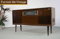 Retro 1960s Grunding Stereo Console