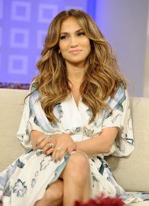 JLo is Jennifer Lopez! Jenifer Lopes, Brown Blonde Hair, Light Brown Hair, Summer Hairstyles, Wedding Hairstyles, Hair Transformation, Hair Today, Hair Dos, Her Hair