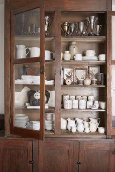 Lindsea Dragomir Washington Farmhouse - Washing Farmhouse House Tour