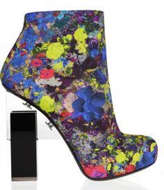 Nicholas Kirkwood realizá colección de zapatos espectaculares para Erdem. http://www.revistastyle.com/NEWSdetalle.php?id=466