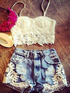 Summer Clothes (Denim Lace Shorts) (Hippie Style) (Boho)....you know if I could show off my stomach like that:P