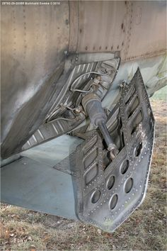 Rocketumblr Mechanical Design, Mechanical Engineering, Jet Engine Parts, Air Brake, Mig 21, Aircraft Parts, Sci Fi Models, Spaceship Design, Truck Interior