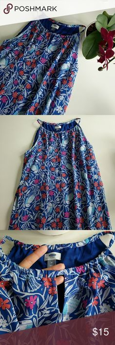 Old Navy Floor Length Dress Floral Bird Pattern Nearly brand new, only worn once! Great condition Old Navy Dresses Maxi