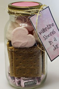 3 Valentine Gifts in a Jar + GIVEAWAY! – Home Cooking Memories Homemade Valentines Day Gifts in a Jar – Smores in a Jar – DIY Valentines Day Ideas – great for co-workers! Homemade Valentines, Valentines Day Treats, Valentine Day Love, Valentine Day Crafts, Printable Valentine, Mason Jars, Mason Jar Gifts, Canning Jars, Saint Valentin Diy