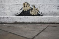 funny-graffiti-stinkefinger