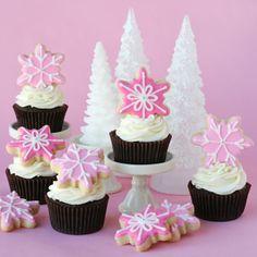 Pink Snowflake Cupcakes - Glorious Treats