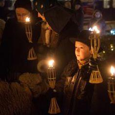 Mécseseket gyújtottak advent második vasárnapján a főtéren - Debrecen hírei, debreceni hírek | Debrecen és Hajdú-Bihar megye hírei - Dehir.hu