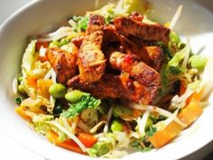 Taxis, Trains and Temptation! Diet Fast Day Recipe: Smoky Mexican Stir Fry with Chicken What have taxis, trains and temptation to do with a delicious low-calorie recipe you may be thinking, and. Low Calorie Recipes, Paleo Recipes, Cooking Recipes, Paleo Meals, Calorie Diet, Fast Food Diet, Fast Day, Australian Food, Australian Recipes