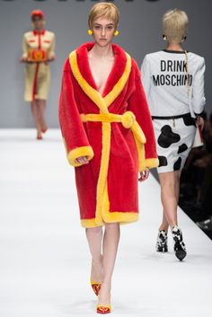 Moschino Fall 2014 Ready-to-Wear Fashion Show - Frances Coombe