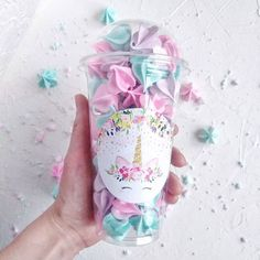 Meringue Cookie Recipe, Meringue Kisses, Mermaid Theme Birthday, Candy Packaging, Icing Tips, Cute Cafe, Sweet Box, Rainbow Food, Cute Desserts