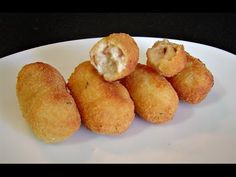 CROQUETAS CASERAS DE JAMÓN Y POLLO (COCINA FÁCIL) - YouTube Spanish Cuisine, Spanish Food, Crockpot Recipes, Healthy Recipes, Meat Chickens, Mini Foods, Freezer Meals, I Love Food, Food And Drink