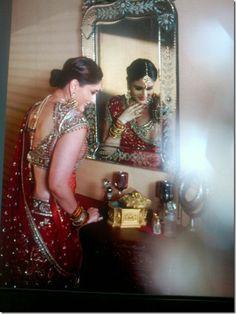 Kareena Kapoor in a Tarun Tahiliani lengha... I'll take the vanity & what she's wearing!! =)