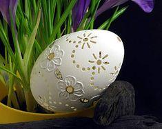 """Traditionele paasei - ingerichte Poolse gans """"eggshell"""", handgemaakte gesneden, Paas decoratie, uniek sieraad, gebeeldhouwd, geboord, geschilderd"""