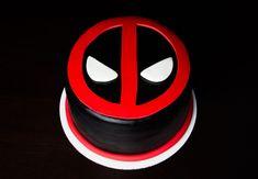 372 best Deadpool photos by superheroes Dead Pool, Deadpool Cake, Deadpool Kawaii, Deadpool Tattoo, Deadpool Costume, Deadpool Funny, Deadpool Movie, Fondant Cakes, Cupcake Cakes