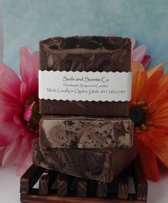 CAFFE MOCHA LATTE Scented Exfoliating Handmade body soap. Handcrafted using the cold process method with strong brewed coffee & goats milk by SudsNScentsCo on Etsy