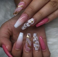 Image discovered by 𝑎𝑢𝑢𝑟𝑦𝑦𝑖𝑎 𝑗 🦋. Find images and videos about flower power, long nail and coffin shape on We Heart It - the app to get lost in what you love. Aycrlic Nails, Glam Nails, Bling Nails, Coffin Nails, Summer Acrylic Nails, Best Acrylic Nails, Fabulous Nails, Gorgeous Nails, Stylish Nails