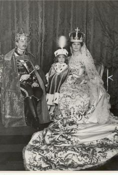 1916 Charles of Austria-Hungary with his wife Queen Zita and Crown Prince Otto.