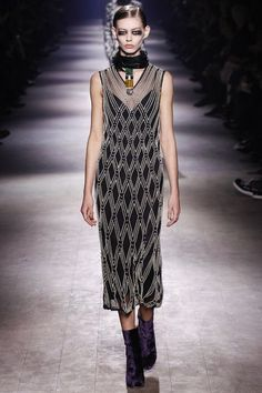 Dries Van Noten Fall 2016 Ready-to-Wear Collection Photos - Vogue