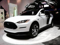 Tesla: è stata presentata la sua Model X  #follower #daynews - http://www.keyforweb.it/tesla-e-stata-presentata-la-sua-model-x/