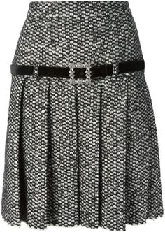 Shop Dolce & Gabbana pleated dress in Luisa Boutique from the world's best… Black Pleated Skirt, Blouse And Skirt, Dress Skirt, African Fashion Dresses, Fashion Outfits, Classic Skirts, Cute Skirts, Retro Outfits, Mode Style