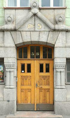 Entrance Doors, Doorway, Garage Doors, Helsinki, Art Nouveau, Door Picture, Knobs And Knockers, Antique Doors, Windows And Doors