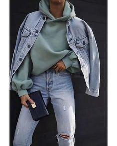 Стильный модный образ джинсы толстовки sweatshirt spotrstyle Nike спорт кроссовки мода тренды Winter Mode Outfits, Winter Fashion Outfits, Fall Outfits, 80s Fashion, Fashion 2020, Korean Fashion, Fashion Ideas, Chic Fashion Style, Spring Fashion