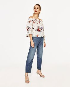 Zara - mujer - blusa hombros al aire america outfit, white off shoulder, of High Street Fashion, Street Style, Zara Tops, Moda Zara, America Outfit, Pullover Mode, White Off Shoulder, Embroidered Blouse, Zara Women