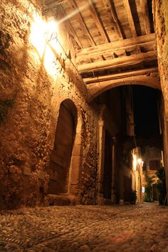 Old town of Rhodes, Greece   been so historical~ beautiful