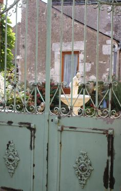 lovely gate in Sancerre, France - love this and the minty green :) Garden Doors, Garden Gates, Garden Art, Garden Design, Garden Junk, Old Gates, Entry Gates, Monuments, Fence Gate