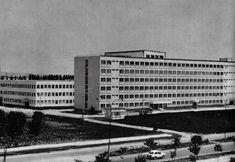 Spitalul Județean Ploiești anii 70 Public Speaking Tips, Skyscraper, Multi Story Building, Skyscrapers