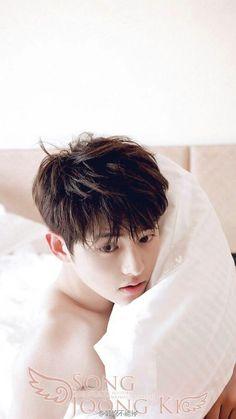 Song Joong Ki - Magazine Pictorial