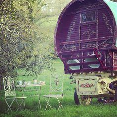 Pippen , the gypsy caravan