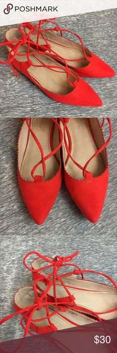 TOPSHOP Bright Red Lace Up Pointed Toe Flats 5.5 TOPSHOP bright red Lace up Flats. Size US 5.5. Pointed Toe with scalloped edges. Lace up style that ties around the ankle. Excellent condition! Very minimal signs of wear. Faux suede cloth material. Topshop Shoes Flats & Loafers